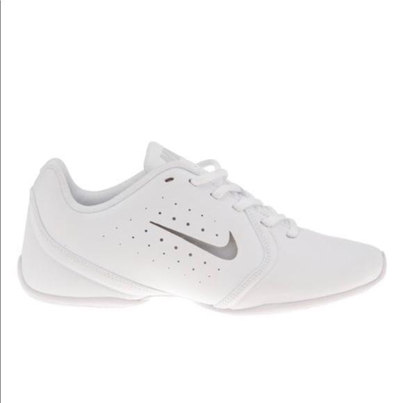 Girls White Nike Sideline Iii Cheer Tennis Shoes